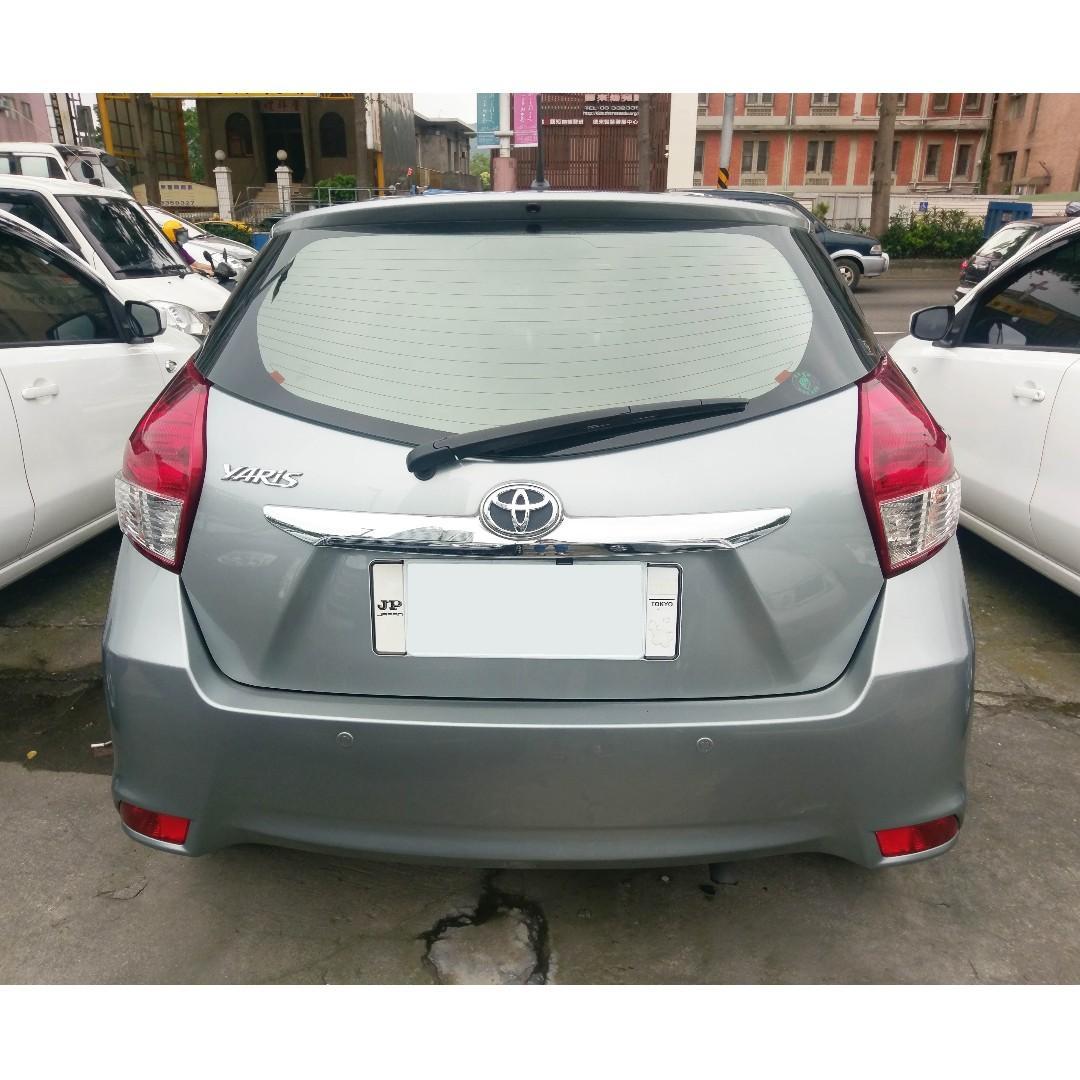 2014年Toyota Yaris 1.5 影音 灰  『阿賢精選車坊』賞車專線:0908169110
