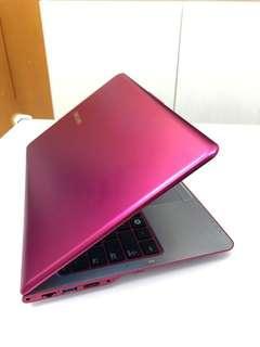 ( 夢幻粉金,快賣)Samsung  ultrabook  手提電腦 i5 2430m Cpu/6gb/ ssd+HD雙硬碟 /13寸高清mon 薄機身 商務機皇