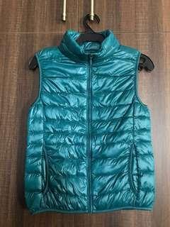 Uniqlo Blue Green Puffy Vest