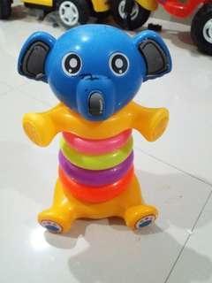 Mainan anak / mainan susun