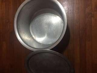 Cooking pot with lid (15in or 38cm)
