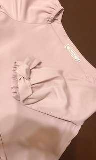 Couture Brooch 2Ways 粉紅連身裙 小蝴蝶結🎀