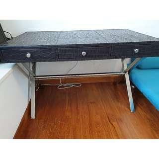 Leather table - high quality - designer