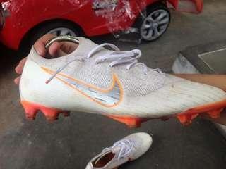 Sepatu Bola Nike Mercurial Vapor Elite 12
