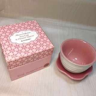 le creuset tea cup & flower saucer rose quartz