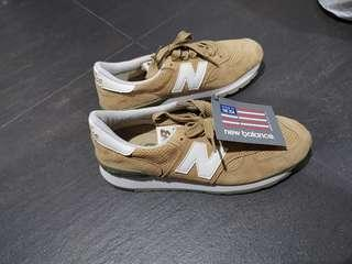 New Balance Men Shoe M990CER