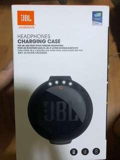 🚚 JBL Headphone Charging case