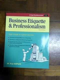""" Business etiquette & professionalism"" 全新未用過。"