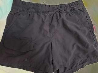 🚚 Columbia women outdoor shorts 100% nylon