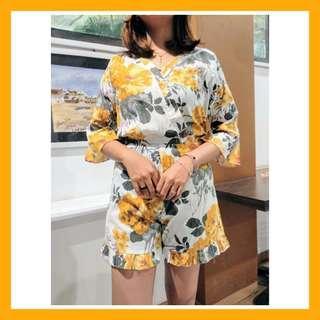 Preloved baju kemeja dress blouse jumpsuit playsuit floral flower wanita cewek murah korean vintage bohemian casual formal kerja kantor