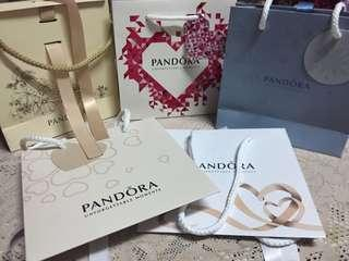 🚚 Pandora 潘朵拉限量紙袋 送禮首選