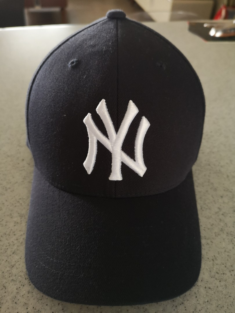 9791e5fb58f4c Almost New New York Yankees New Era Baseball Cap