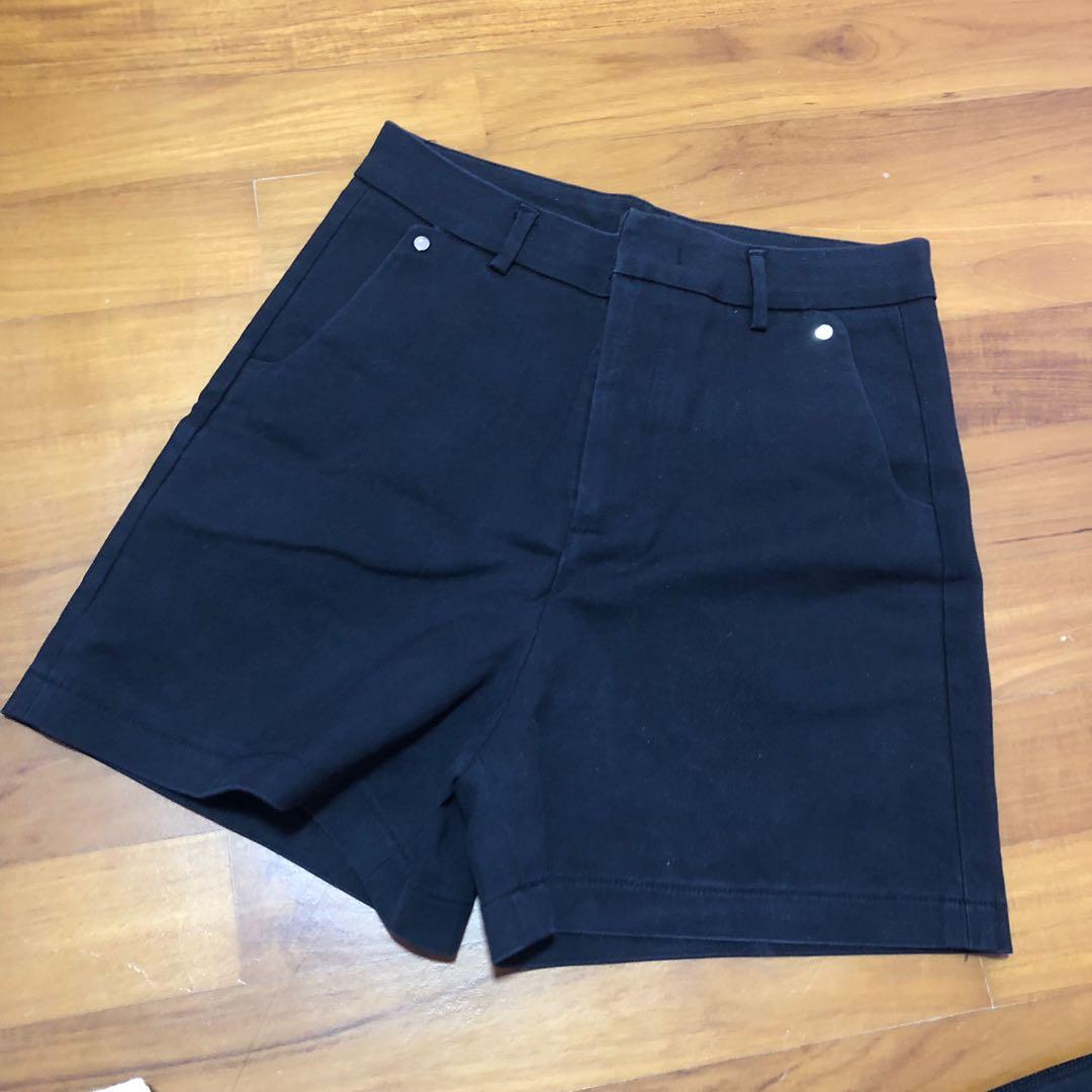 630a390f1 Black shorts, Women's Fashion, Clothes, Pants, Jeans & Shorts on ...
