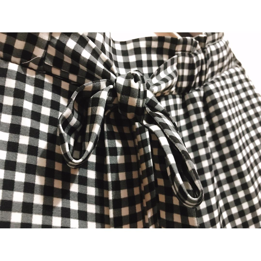 Black-and-White Culottes Pattern
