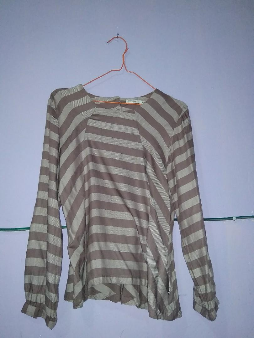Blouse stripe brown