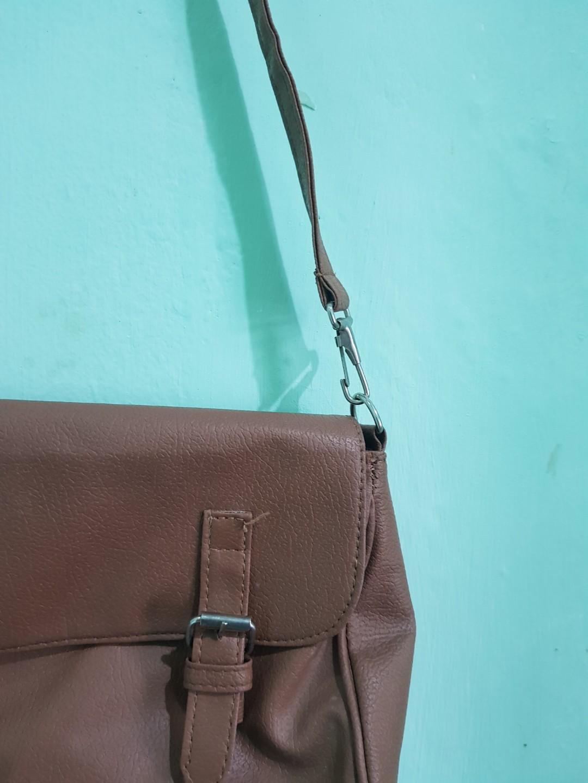FLASH SALE !!! Sling Bag