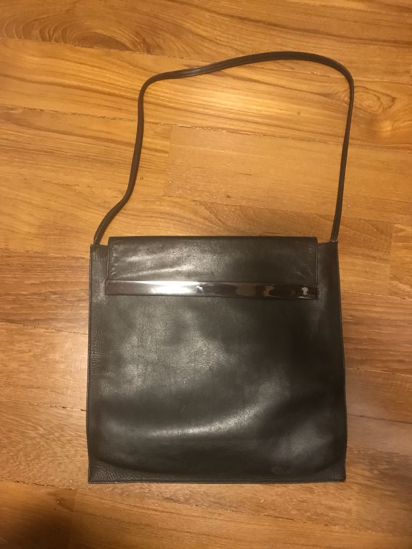 c4b993f049645 Gucci vintage black leather bag