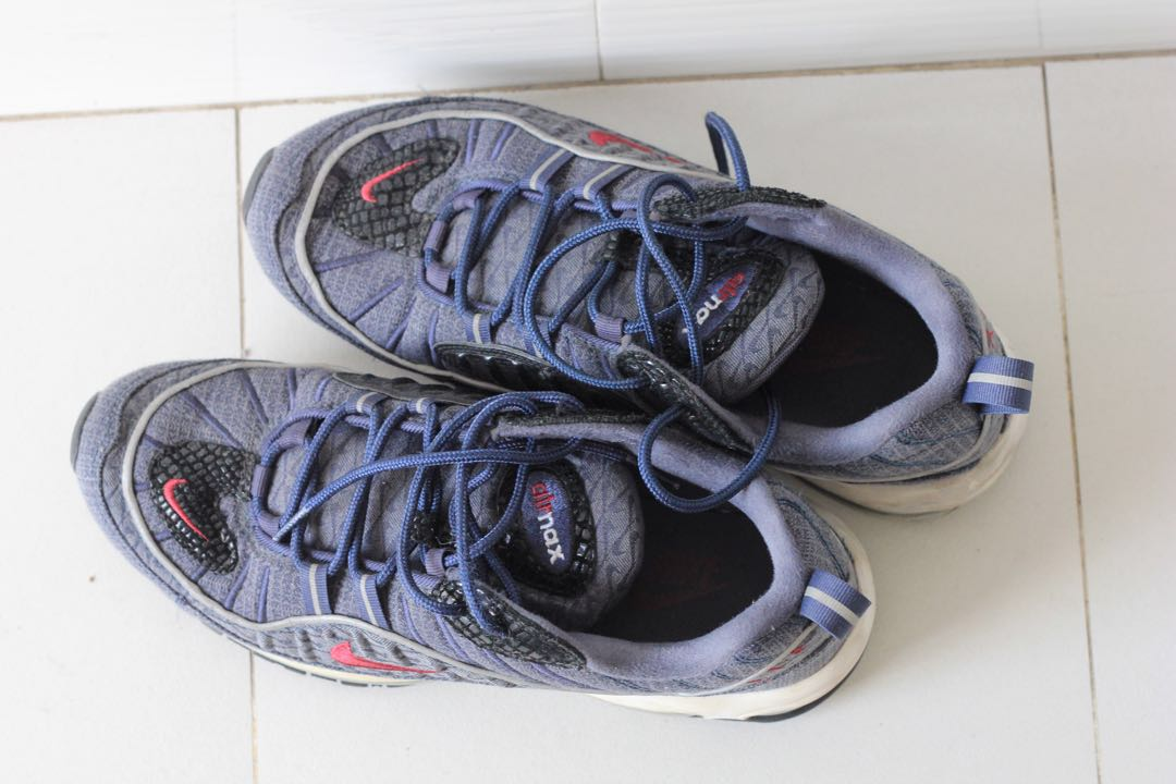 fa82e00d05 Nike air max 98, Men's Fashion, Footwear, Sneakers on Carousell