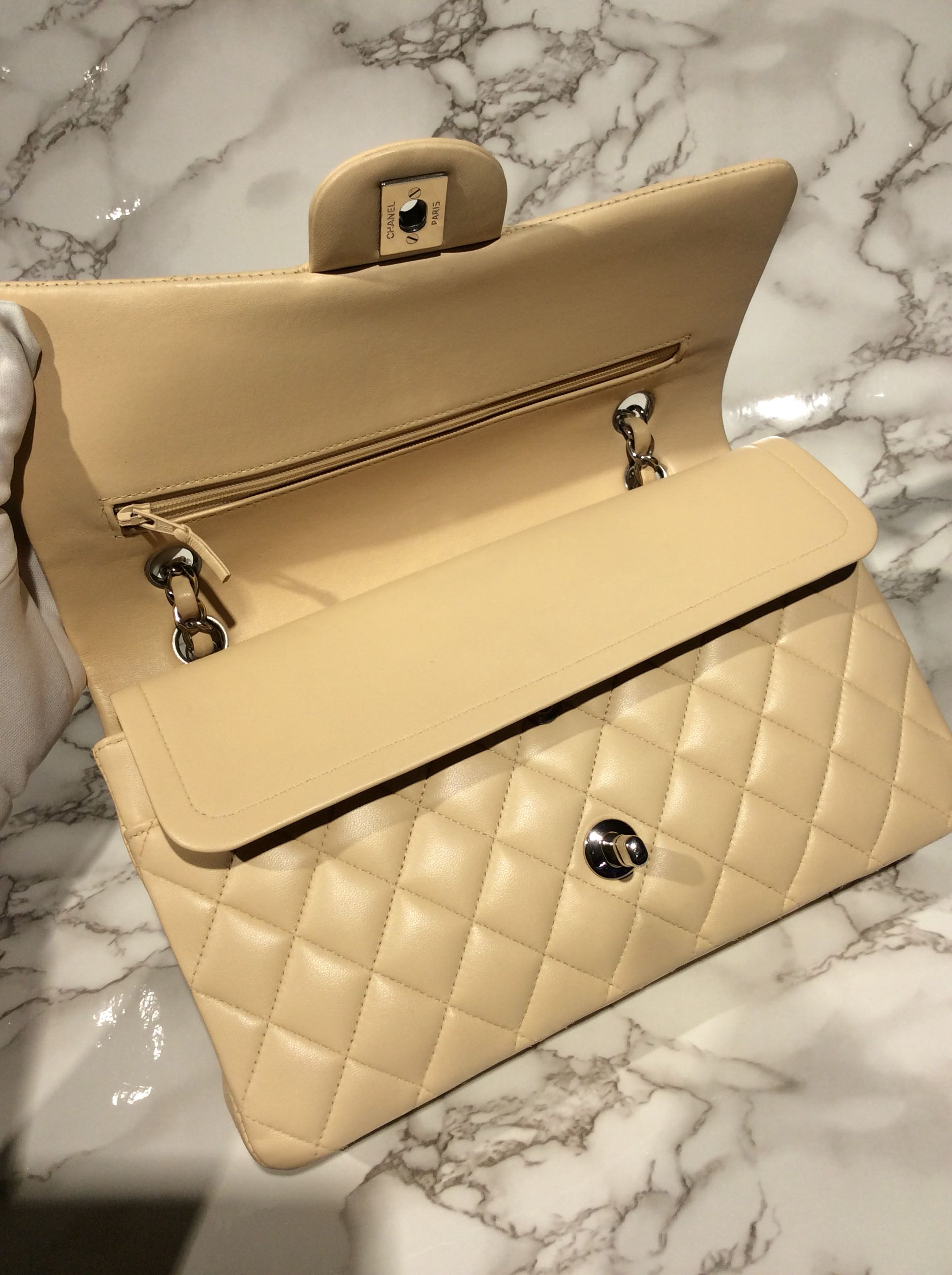 1f6e10fc7bf4 Preloved Chanel Jumbo Double Flap, Luxury, Bags & Wallets, Handbags on  Carousell