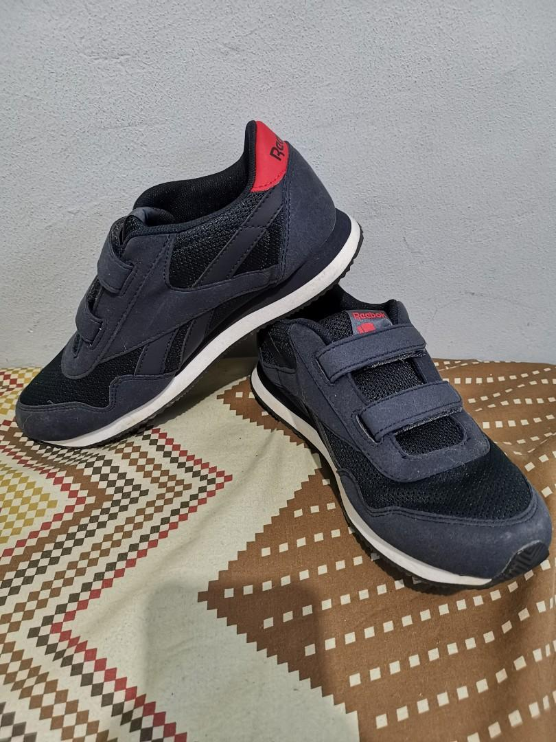 reebok shoes with price tag