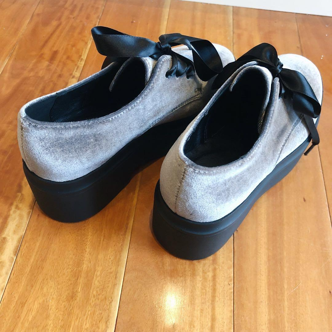 Size 5 NEW Grey Velvet Ribbon Lace Flatform Oxford  Shoes Flats