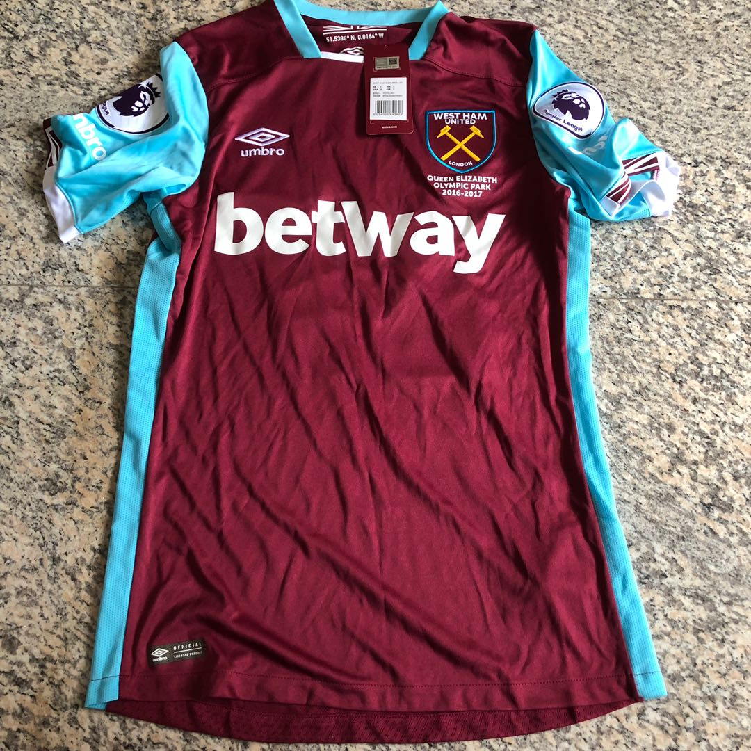 detailed look 60c19 15f2d West Ham 2015/16 Home Jersey
