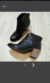 🚚 韓國黑色短靴/踝靴 38碼