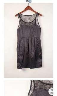 🚚 蕾絲緞面洋裝日本的