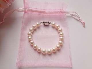 8.3mm圓珠 珍珠手鏈 全長約18cm光鮮 帶粉 合自用或送禮