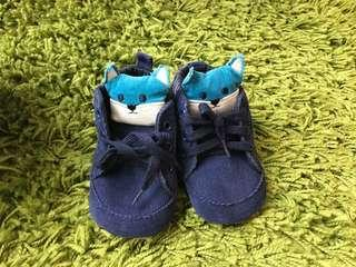 Sepatu bayi 6-12 bulan
