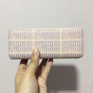PINK SUNNIES CASE