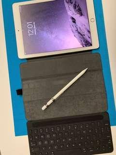 🚚 Ipad Pro 9.7 32GB Gold Cellular + Pencil + Keyboard