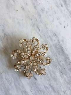 Crystal brooch