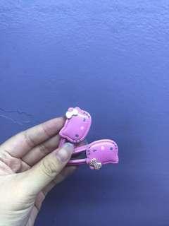 Hello Kitty double pin