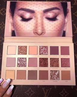 Huda Nude Eyeshadow