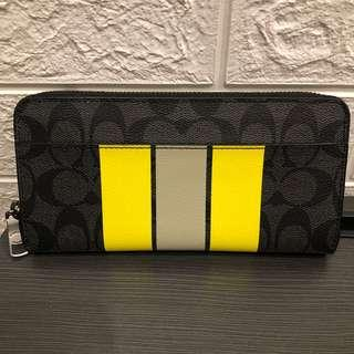 🚚 🤩SALE Coach long zip ard wallet