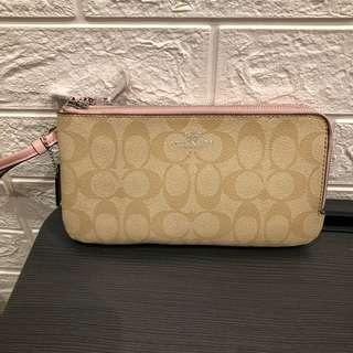 🚚 🤩SALE Coach Double zip wristlet pink