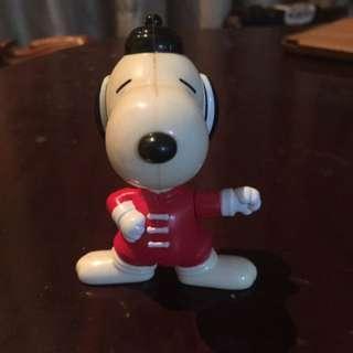 Peanuts Snoopy Figurine
