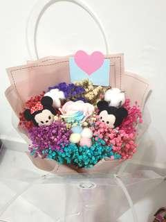 TSUMTSUM Minnie & Mickey Baby Breaths with Rose and Cotton Flowers