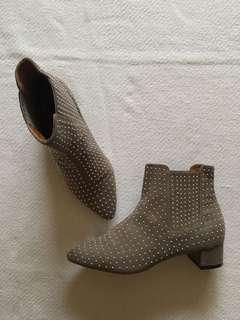 Topshop studded boots - Size 36 (5-1/2)