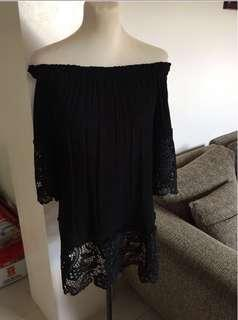 Laced Black off shoulder Dressp