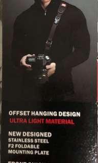 🚚 Camera sling strap