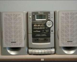 CD/Cassette/Radio Micro System Mini Set