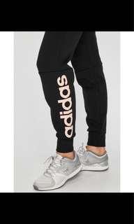 🚚 全新正品 Adidas休閒運動褲 女生M號