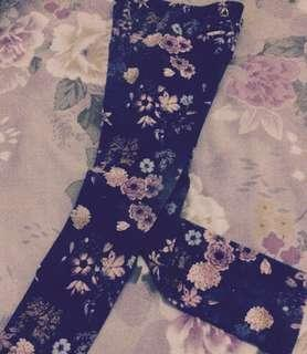 Zara grey floral legging girl size 8-9