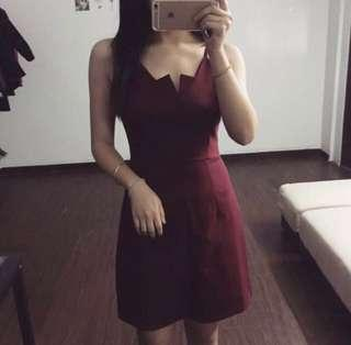 🚚 [Show off that v!] Bodycon wine red dress
