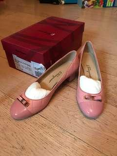 全新 Salvatore Ferragamo shoes