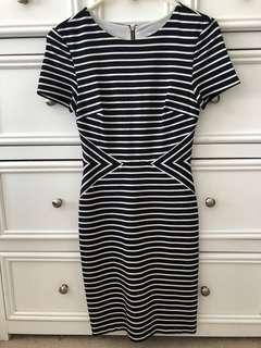 Striped Desss