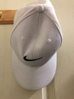 🚚 Nike魔鬼氈帽(留