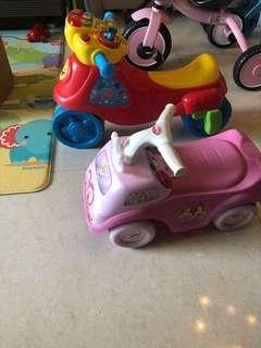 2x Kid's car